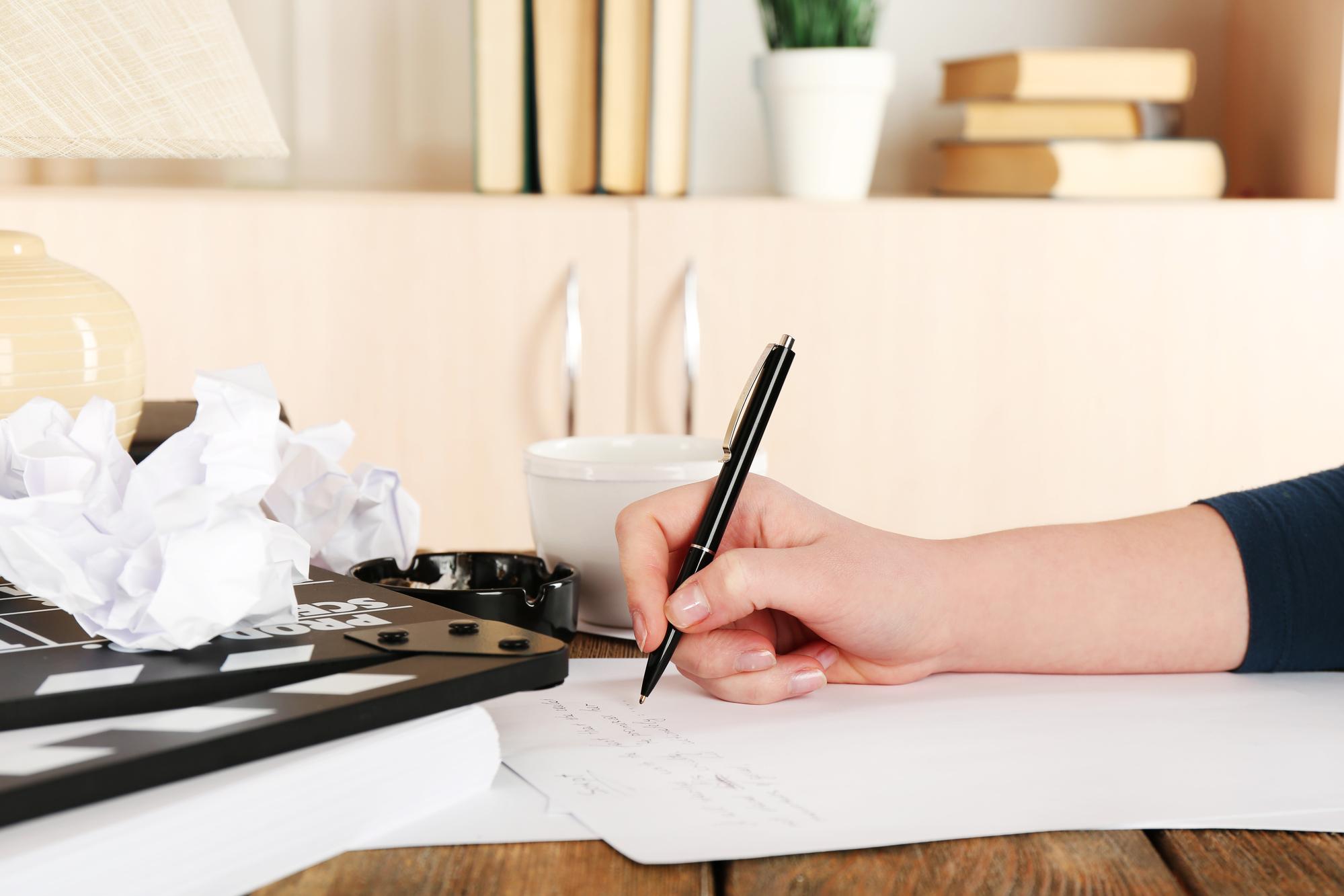 3 Ways Gadgets Help to Write an Essay